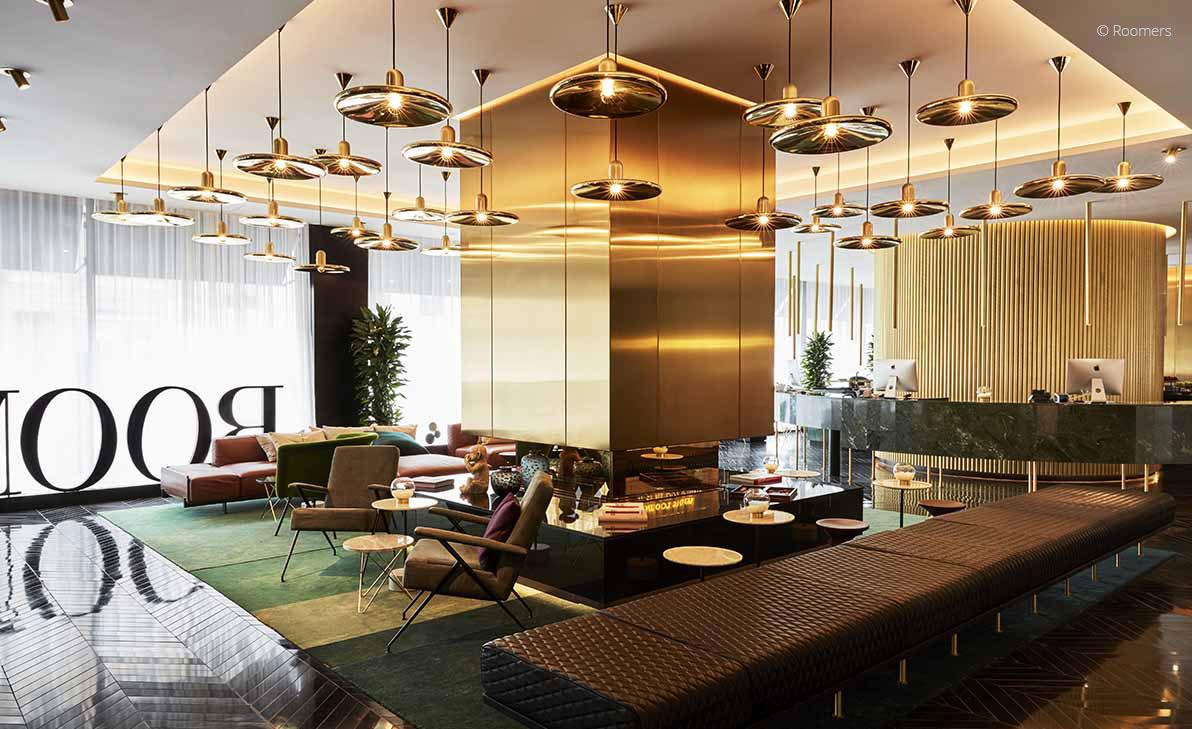 Hotel Roomers Lobby