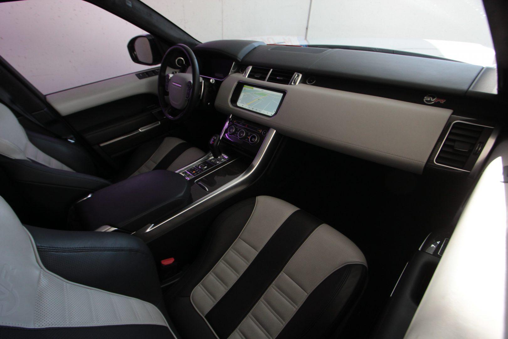 AIL Land Rover Range Rover Sport SVR 12
