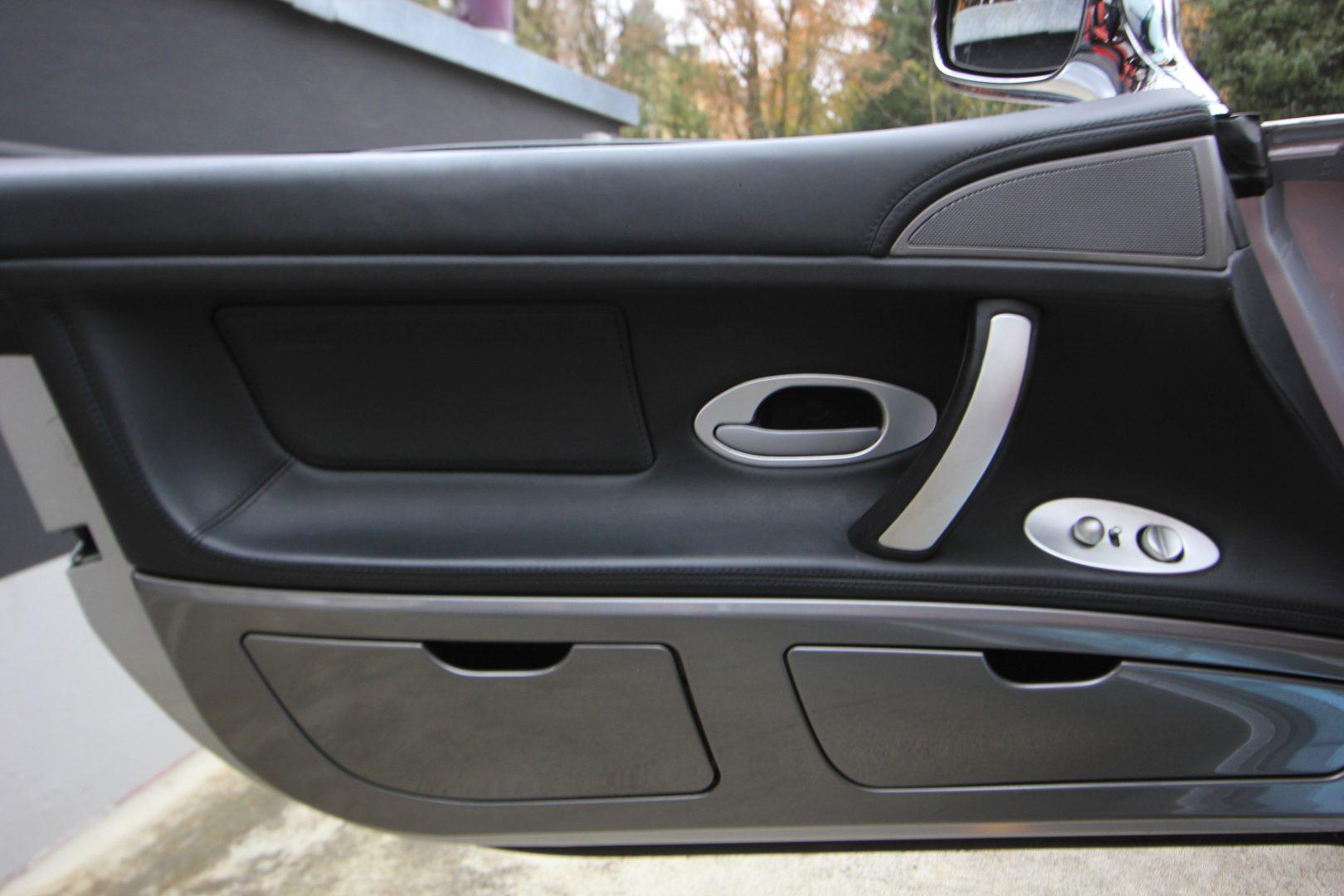 AIL BMW Z8 1