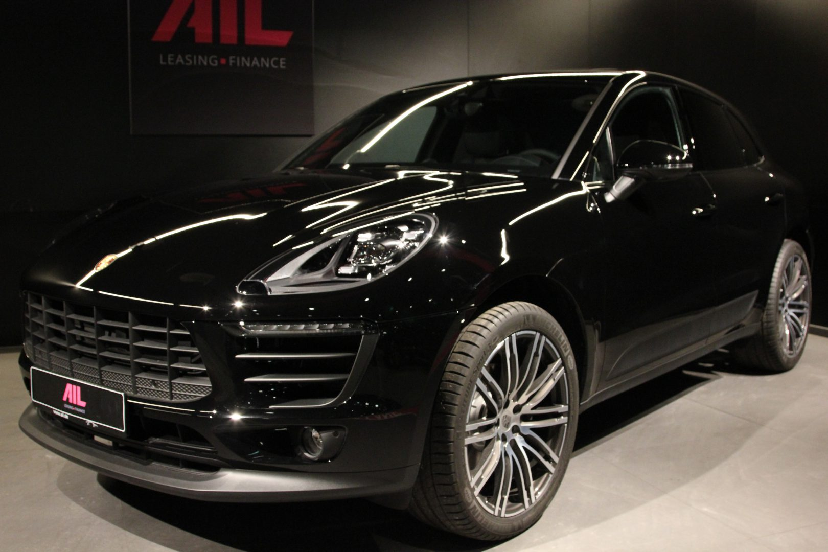 porsche macan panorama bose led ail leasing m nchen ag. Black Bedroom Furniture Sets. Home Design Ideas