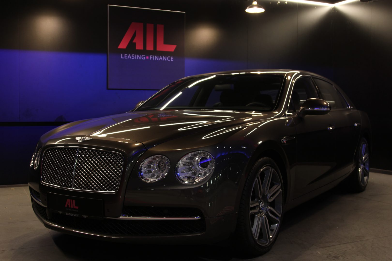 AIL Bentley Continental Flying Spur W12 8