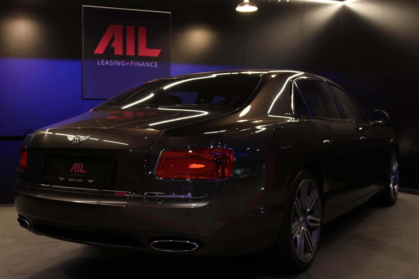 AIL Bentley Continental Flying Spur W12 10