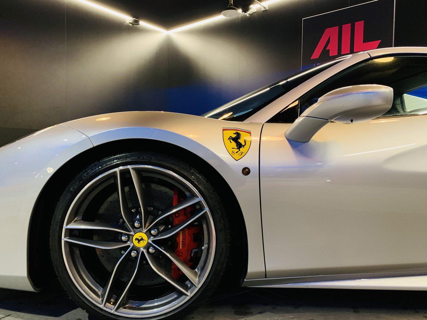 AIL Ferrari 488 Spider Tailor Made  11