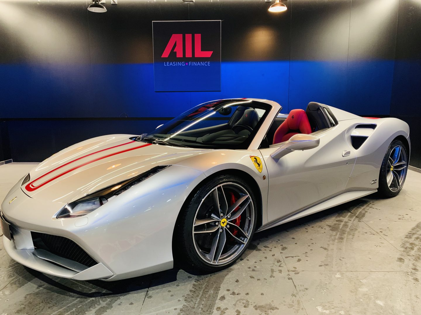 AIL Ferrari 488 Spider Tailor Made  2