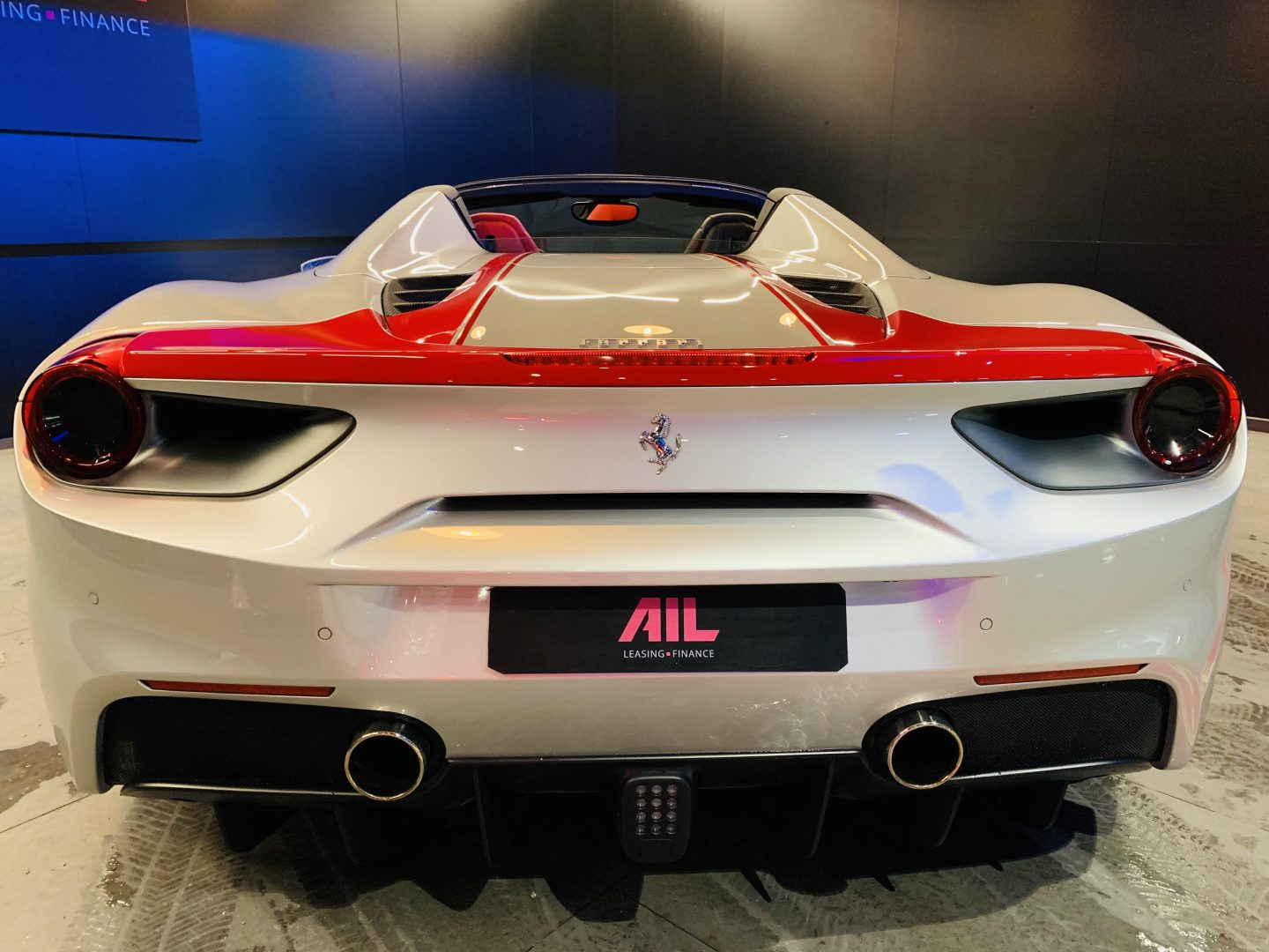 AIL Ferrari 488 Spider Tailor Made  4