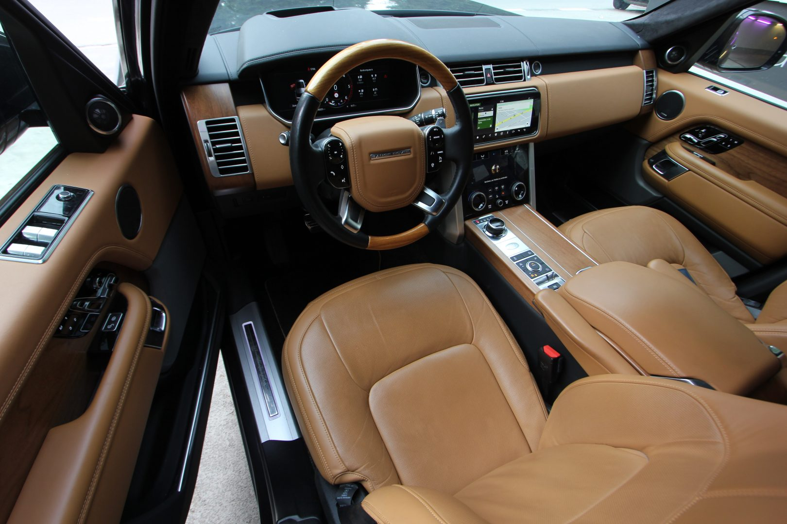 AIL Land Rover Range Rover SDV8 Autobiography 8