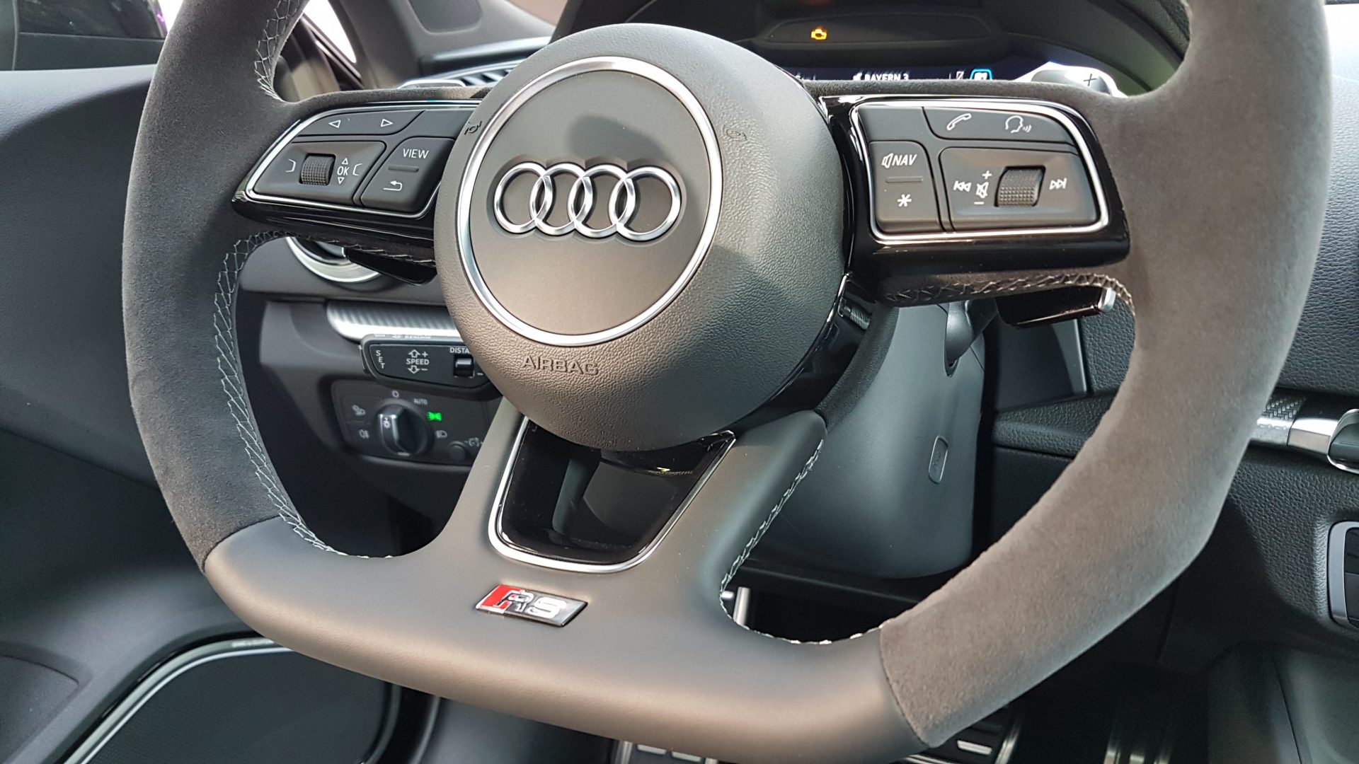 AIL Audi RS3 Sportback Matrix Panorama Virtual Cockpit 3