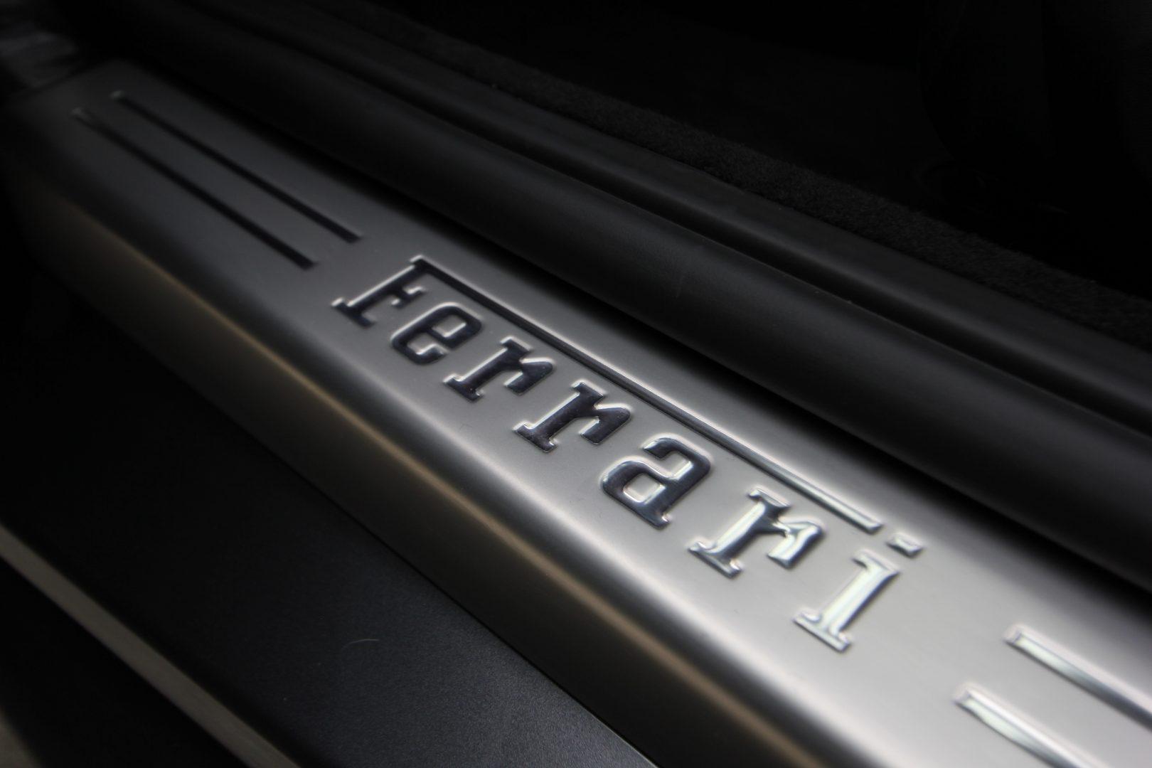 AIL Ferrari Portofino  13