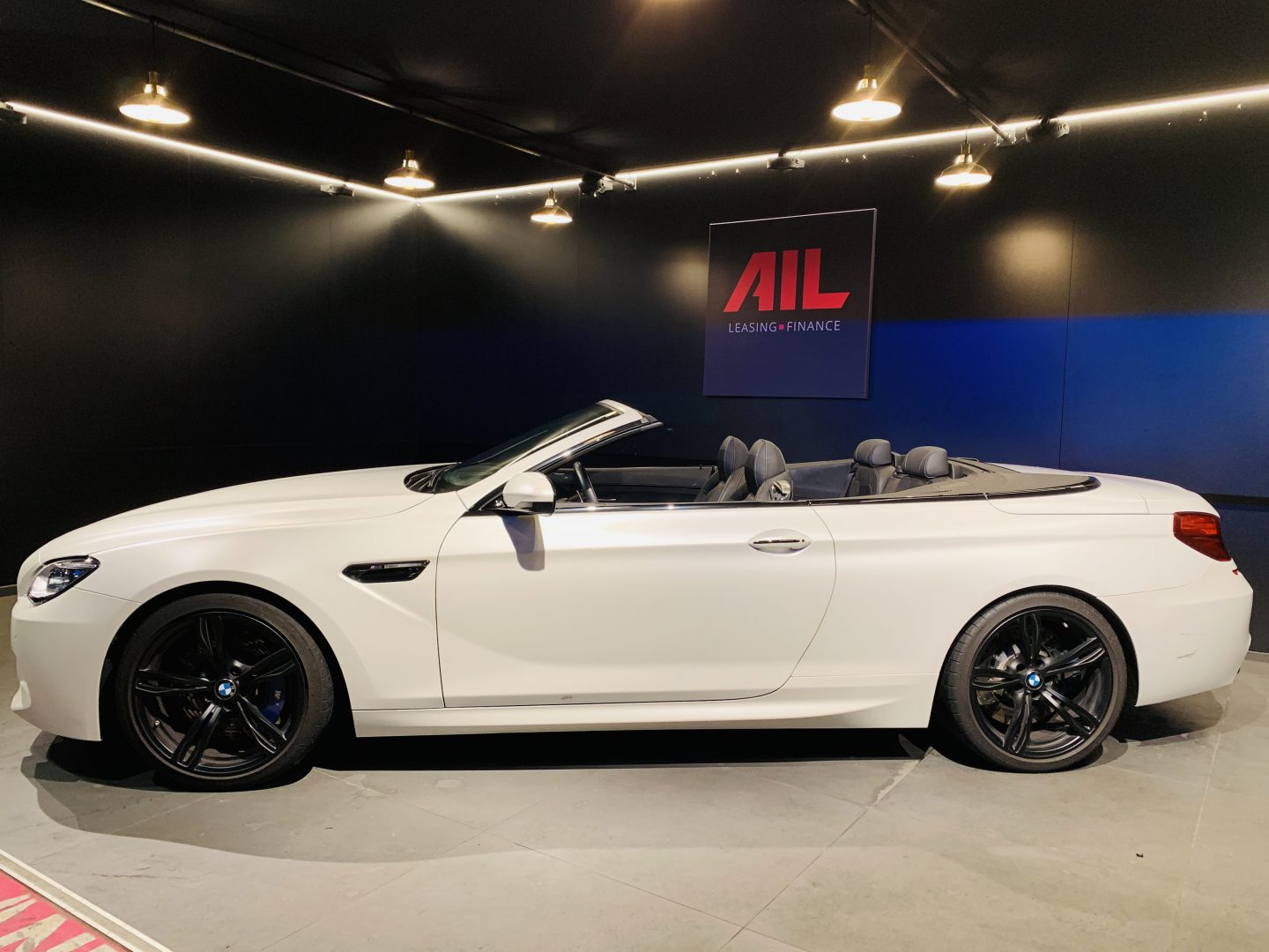 AIL BMW M6 Competition drivers package 3