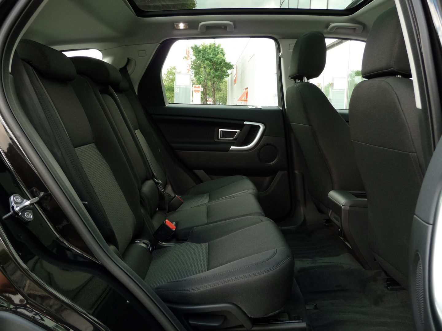 AIL Land Rover DISCOVERY SPORT Si4 SE PANORAMA  3
