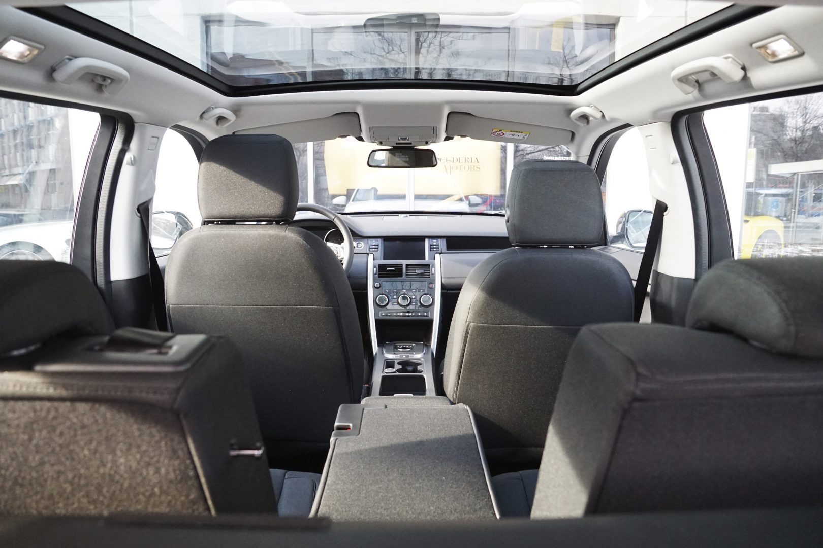 AIL Land Rover Discovery Sport SE Si4 5