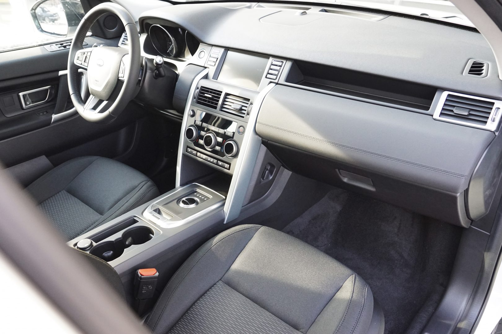 AIL Land Rover Discovery Sport SE Si4 3
