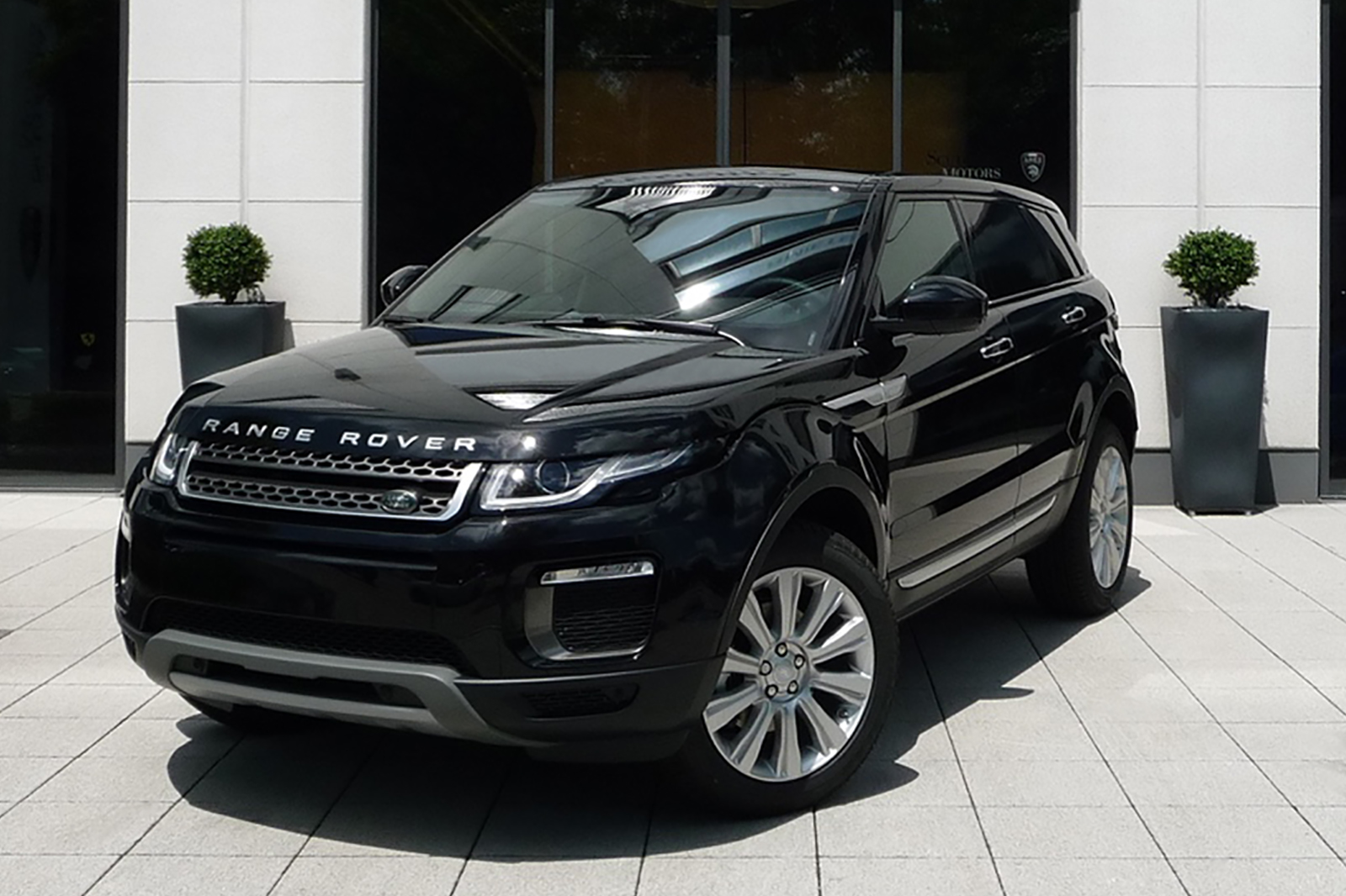 AIL Land Rover Range Rover Evoque HSE 2.0 TD4  4