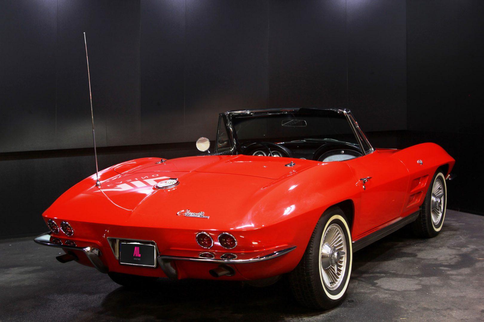 AIL CORVETTE Corvette C2 Cabrio Stingray V8  3