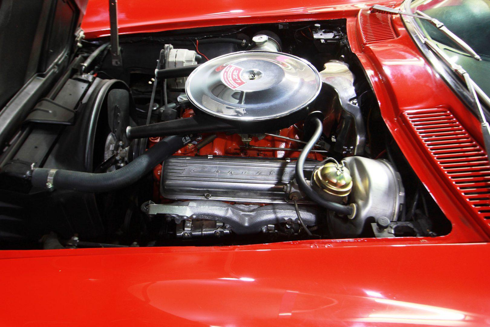 AIL CORVETTE Corvette C2 Cabrio Stingray V8  2