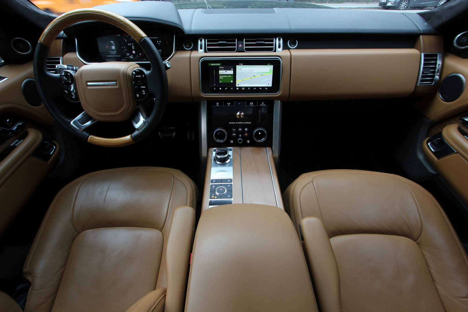 AIL Land Rover Range Rover SDV8 Autobiography 16