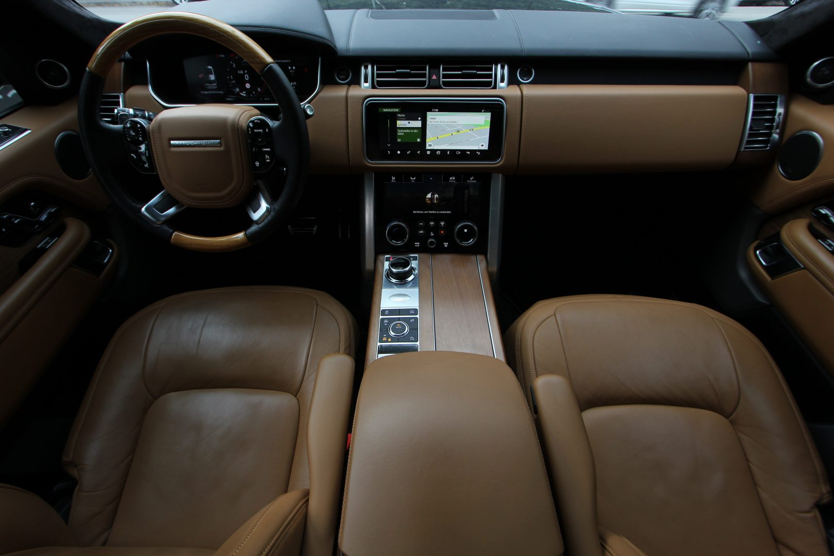 AIL Land Rover Range Rover SDV8 Autobiography 12