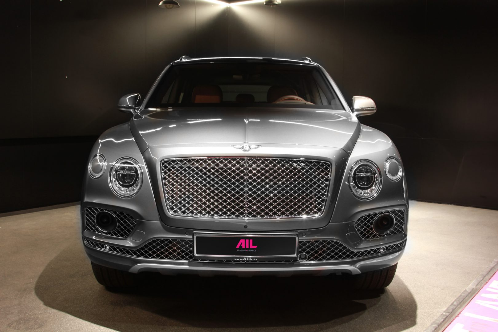 AIL Bentley Bentayga W12 Biturbo  8