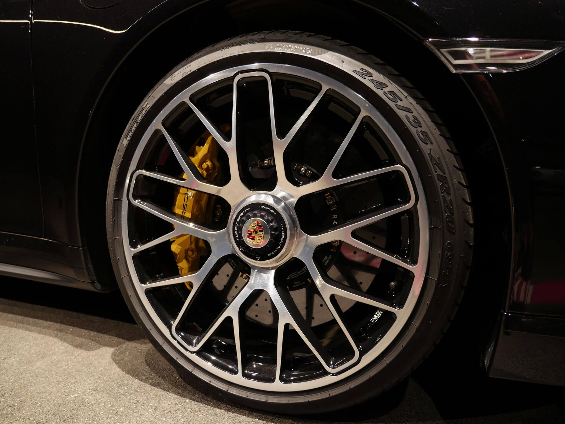 AIL Porsche 911 991 Turbo S Ceramic LED Sport Chrono Paket 10