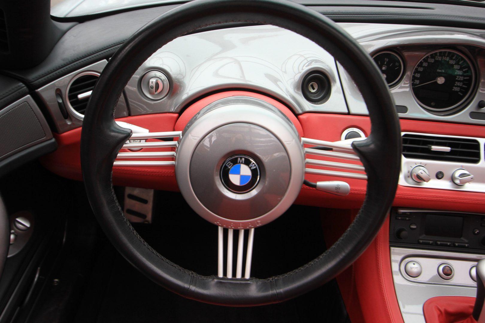 AIL BMW Z8 12