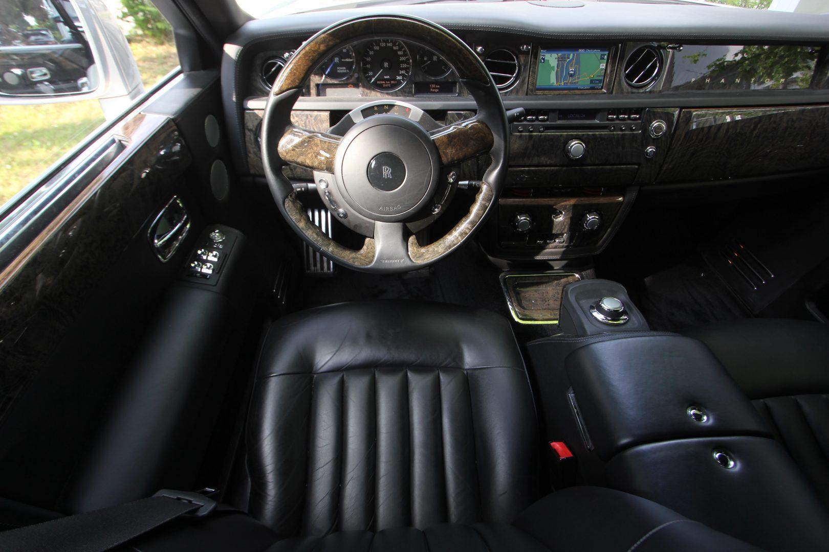 AIL Rolls Royce Phantom Mansory Sternenhimmel  9