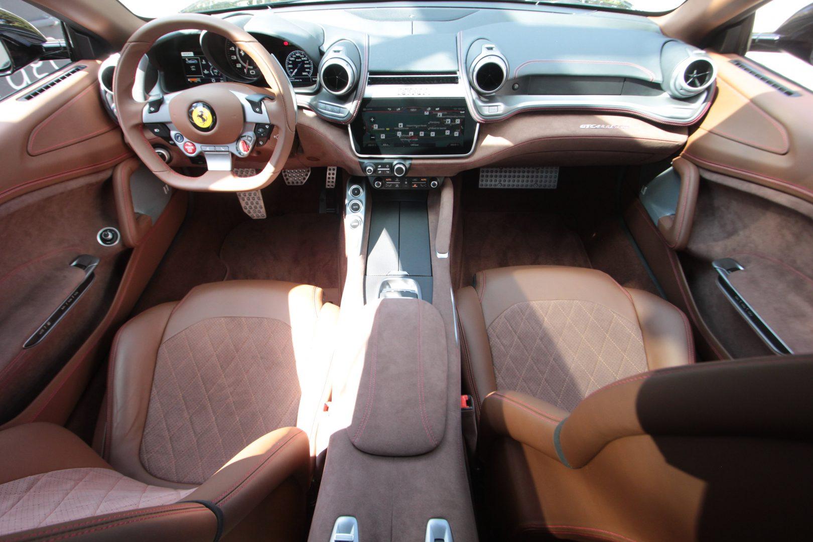 AIL Ferrari GTC4Lusso V12 6