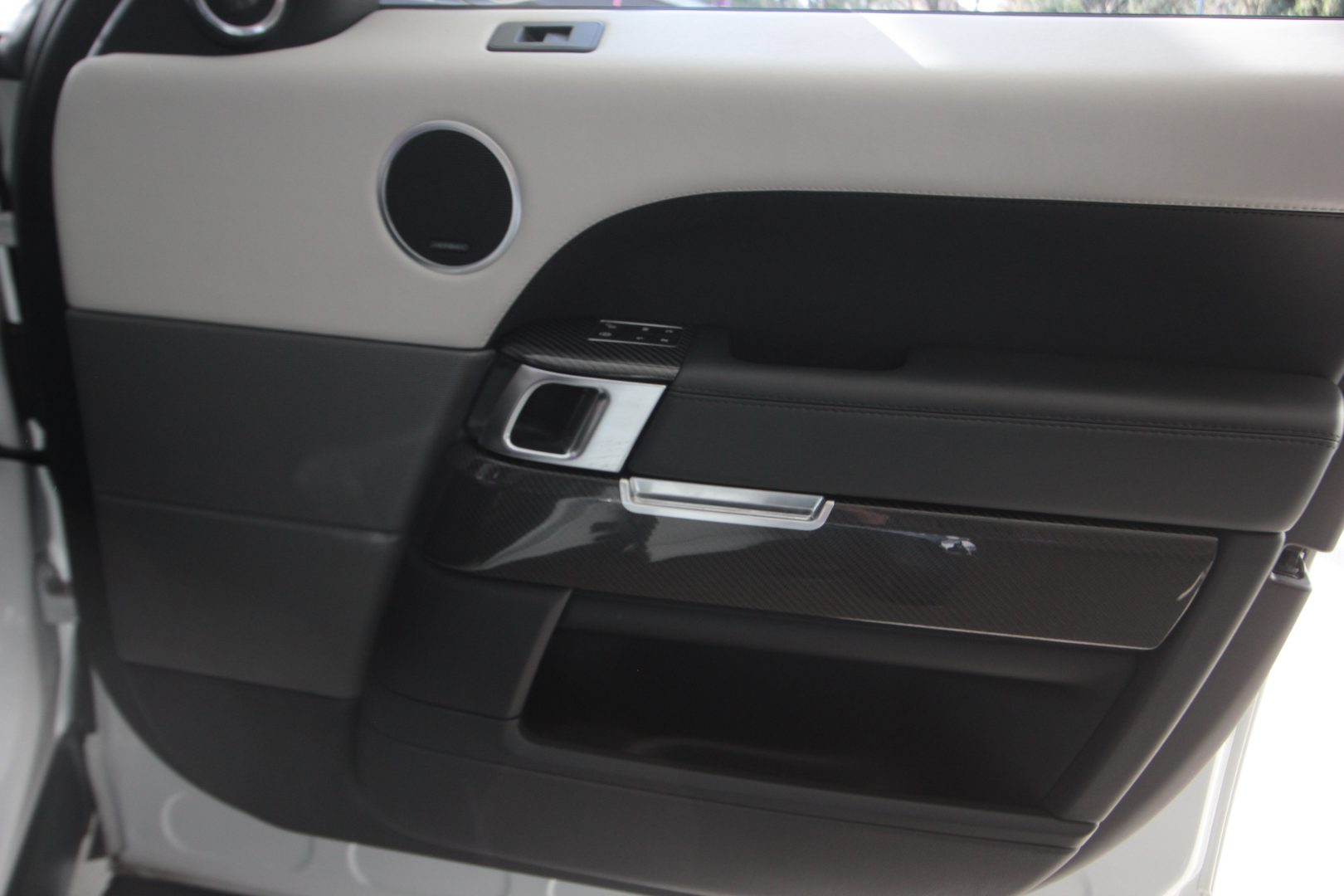 AIL Land Rover Range Rover Sport SVR 9