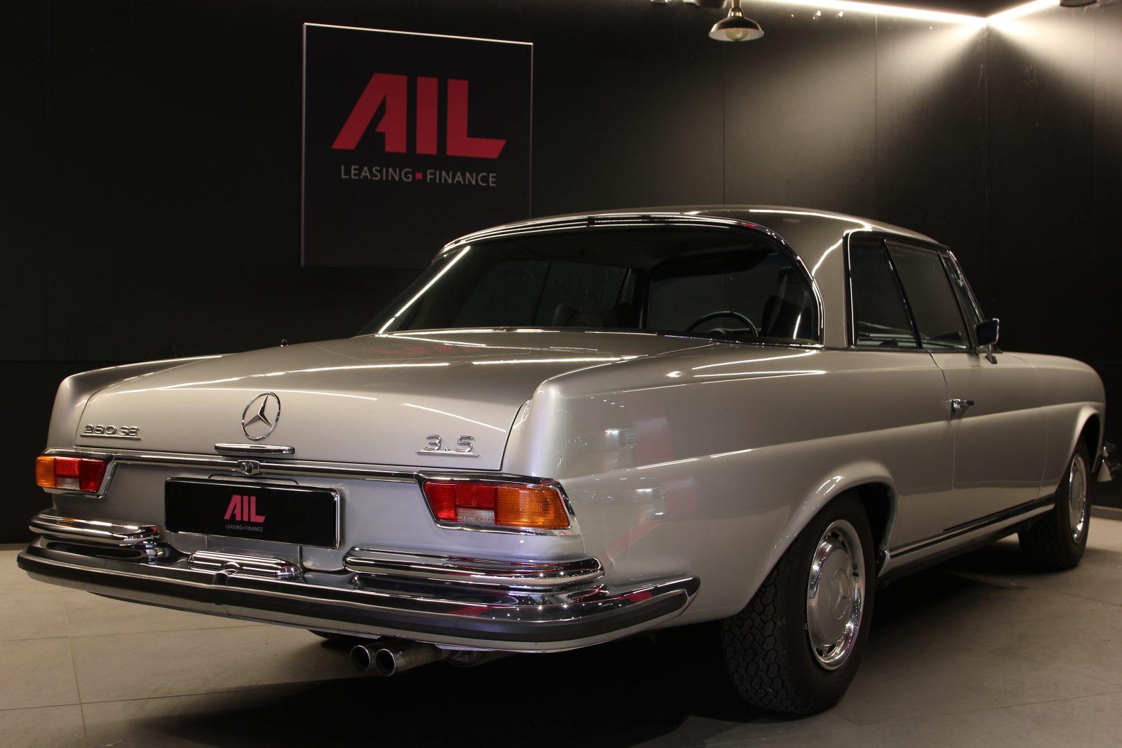 AIL Mercedes-Benz 280SE 3.5  5