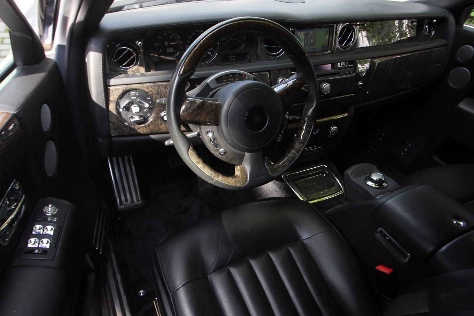 AIL Rolls Royce Phantom Mansory Sternenhimmel  5