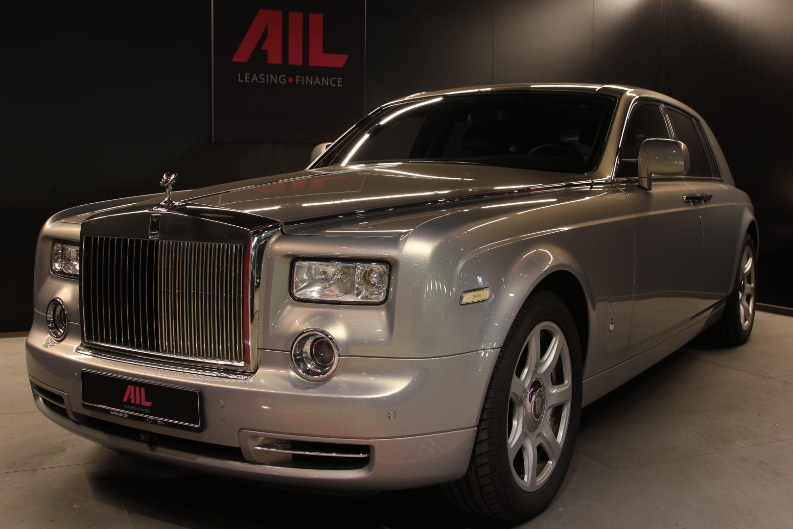 AIL Rolls Royce Phantom Mansory Sternenhimmel  17