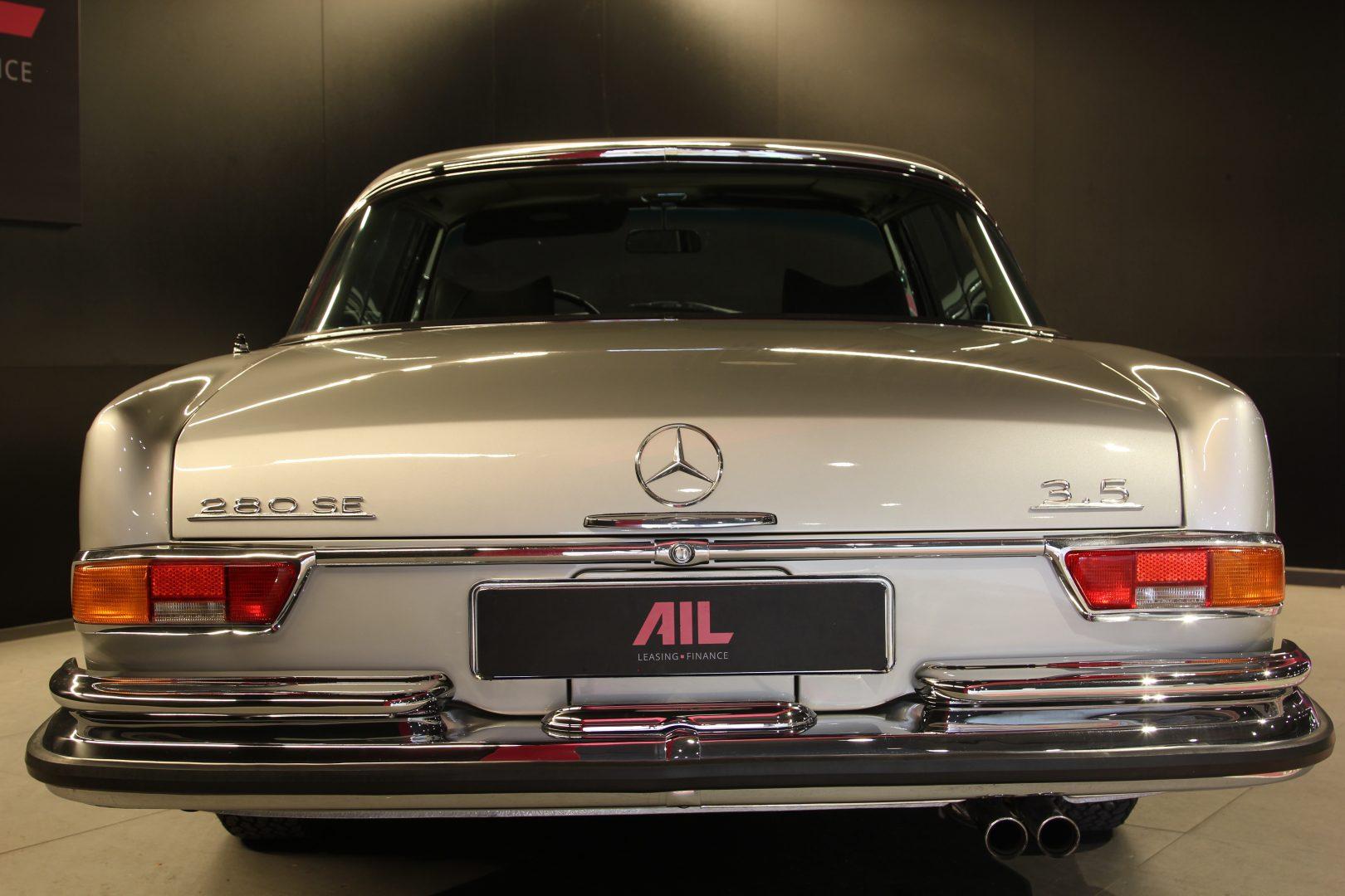 AIL Mercedes-Benz 280SE 3.5  6