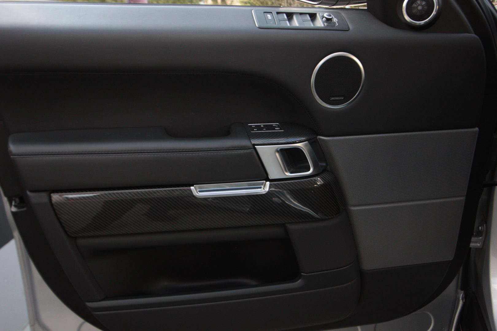 AIL Land Rover Range Rover Sport SVR 16