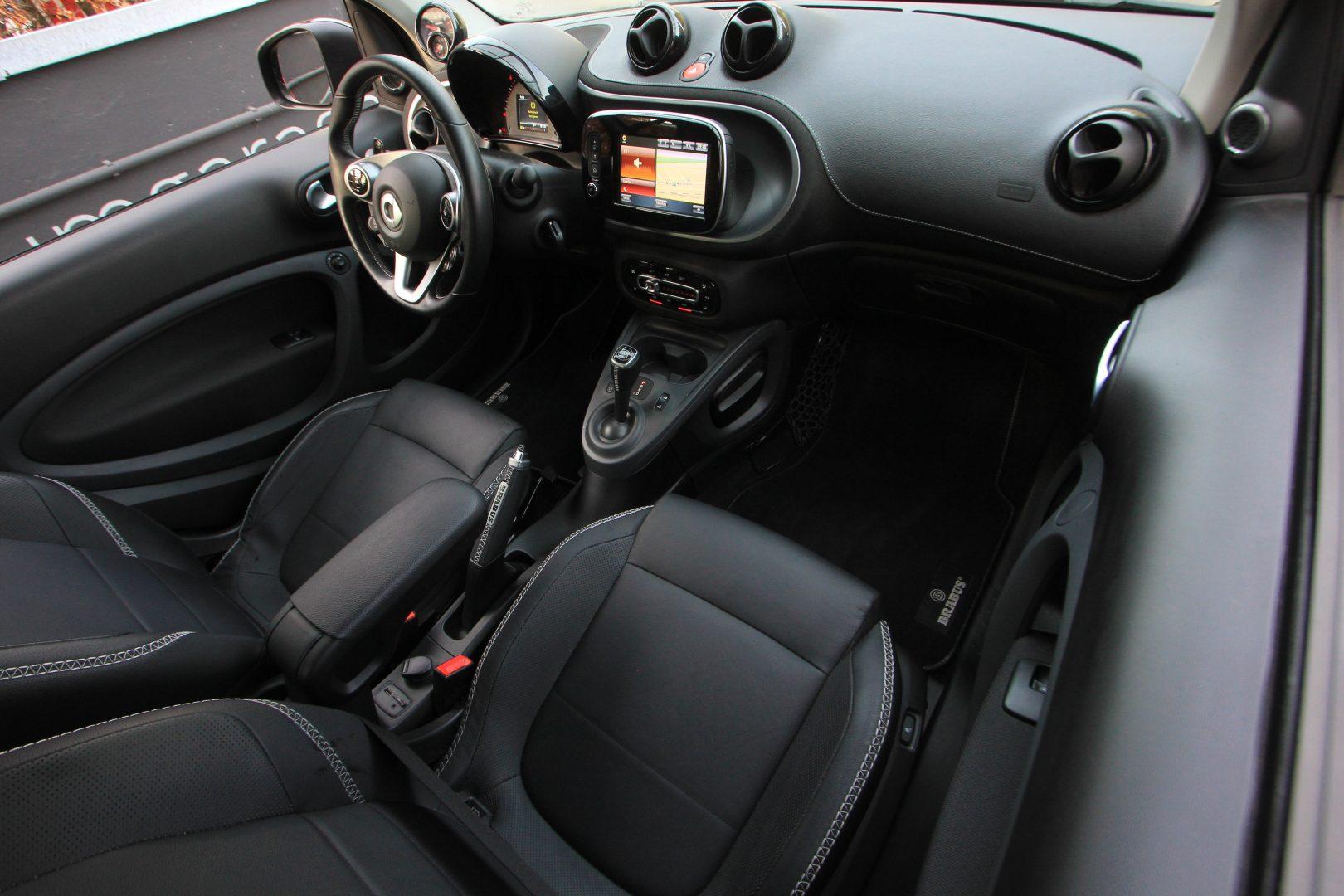 AIL Smart fortwo cabrio Brabus 4
