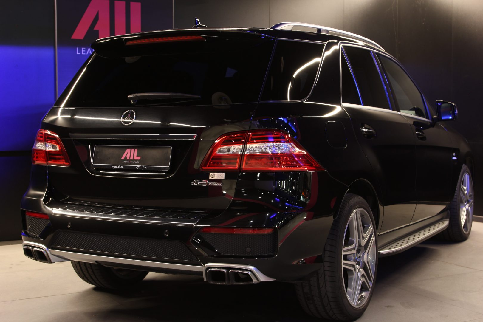 AIL Mercedes-Benz ML 63 AMG  Performance Package 7