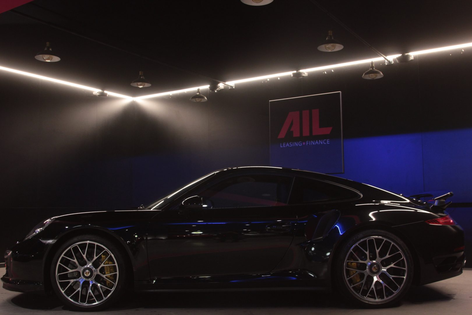 AIL Porsche 991 Turbo S Ceramic LED Sport Chrono Paket 6