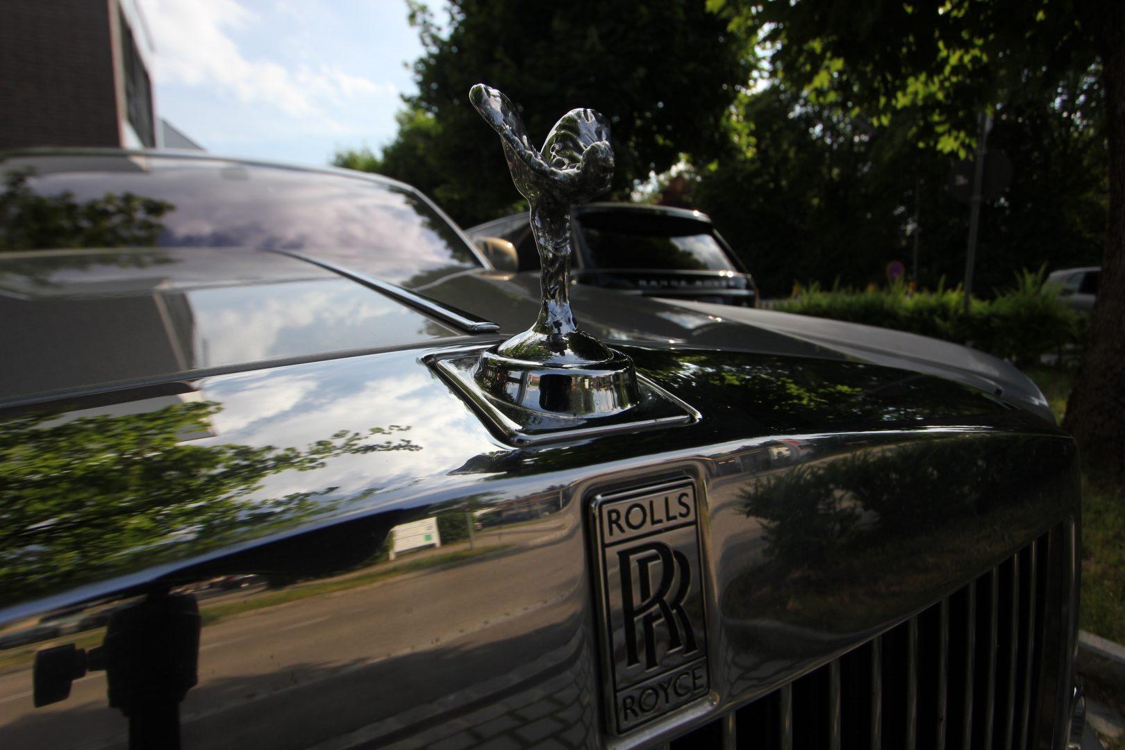 AIL Rolls Royce Phantom Mansory Sternenhimmel  13
