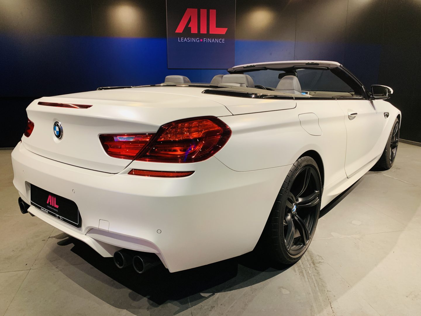 AIL BMW M6 Competition drivers package 11