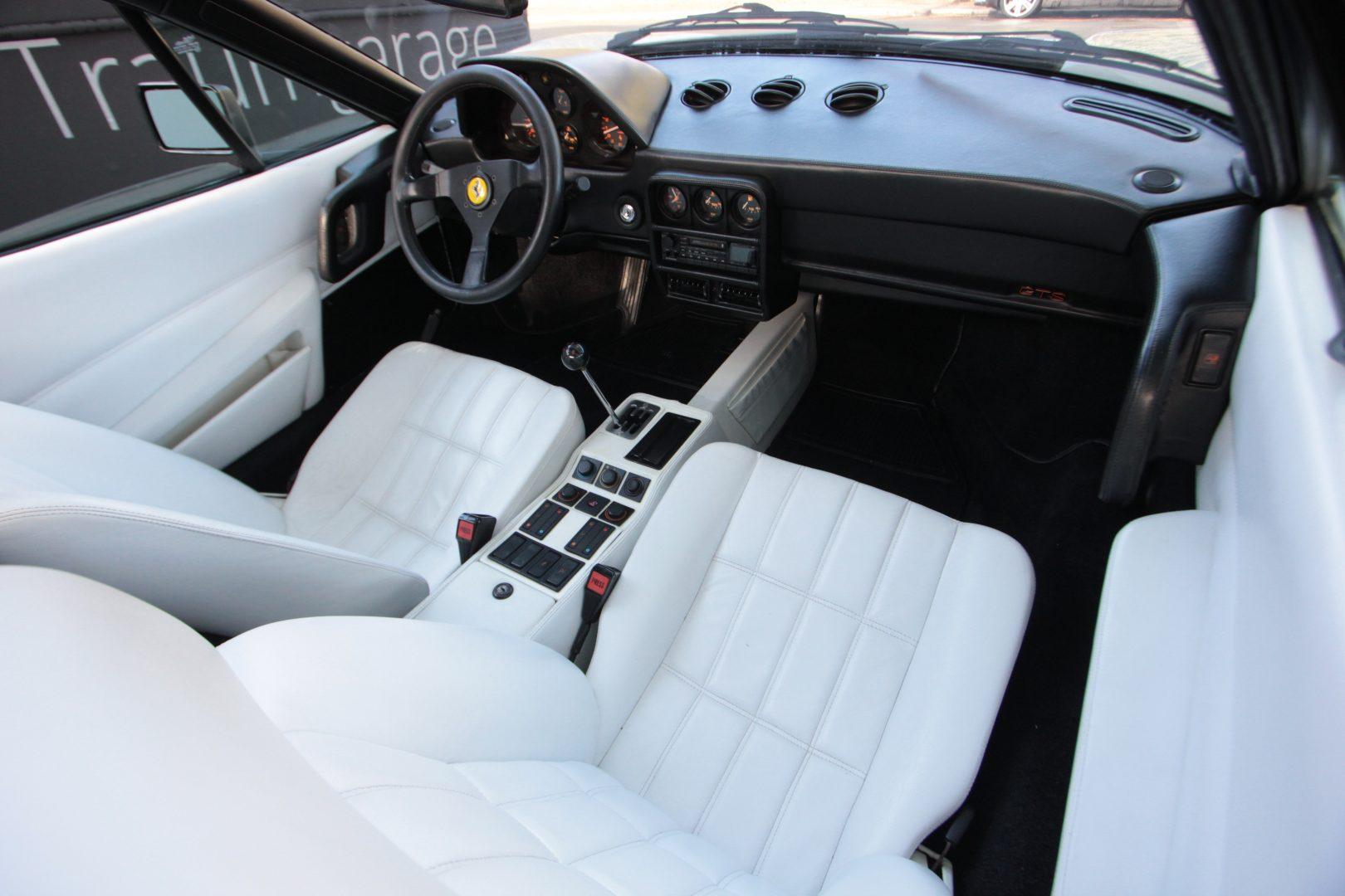 AIL Ferrari 328 GTS 9