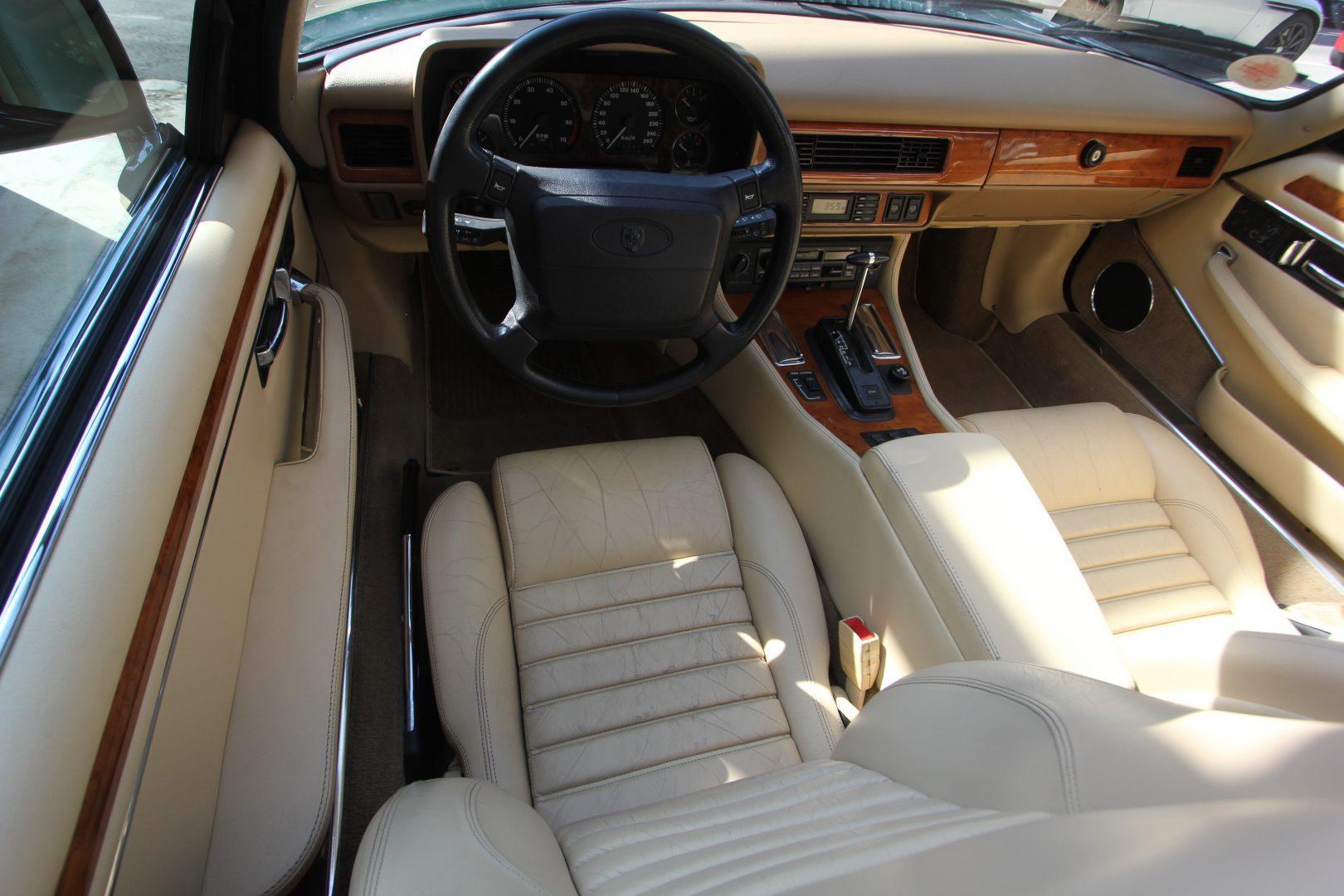 AIL Jaguar XJS 4.0 Cabriolet  10