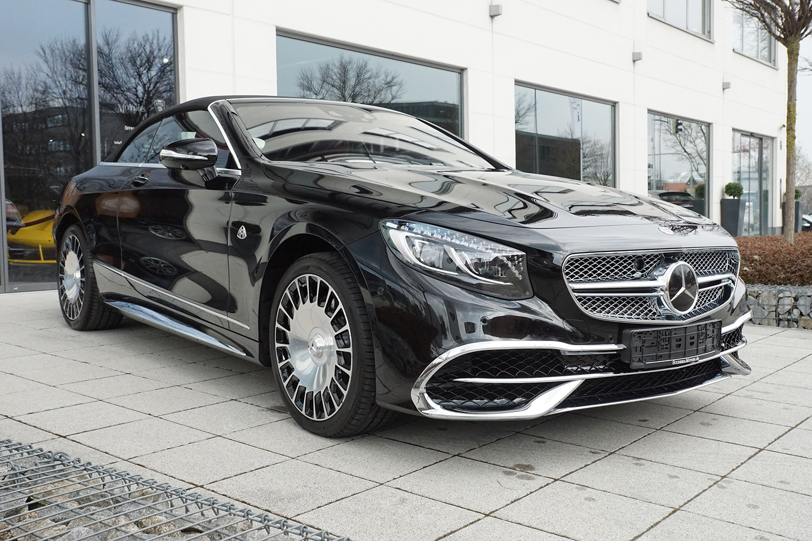AIL Mercedes-Benz Maybach S 650 V12 Cabriolet 10