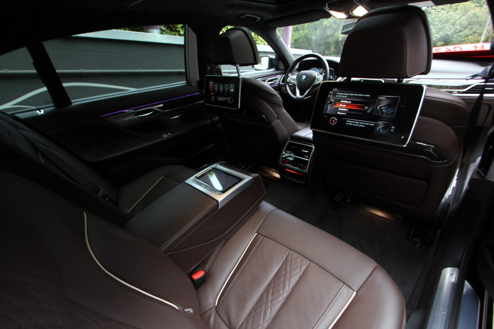 AIL BMW 750Ld xDrive M-Paket  1