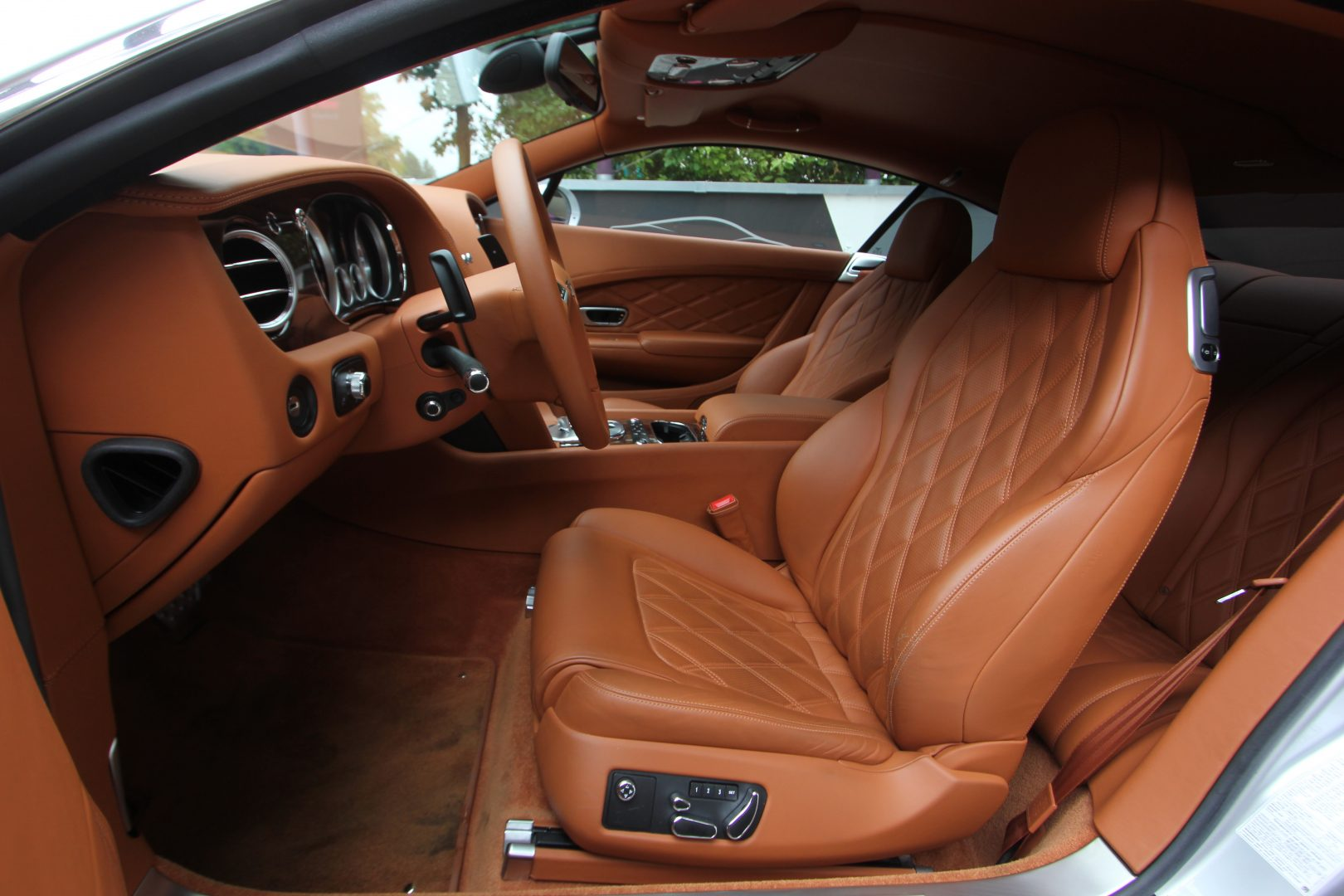 AIL Bentley Continental GT V8 Mulliner 7