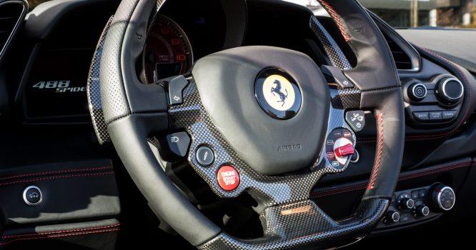 Ferrari_488_spider_red-7_web