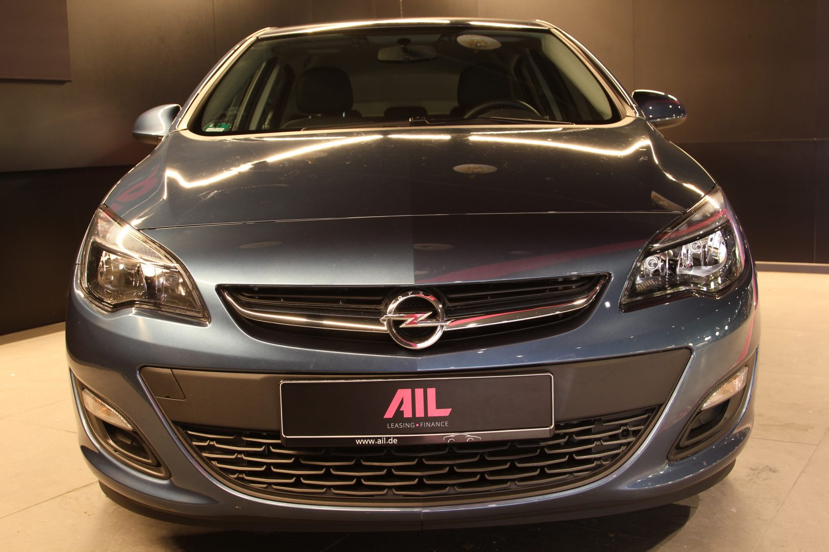 AIL Opel Astra Edition  2