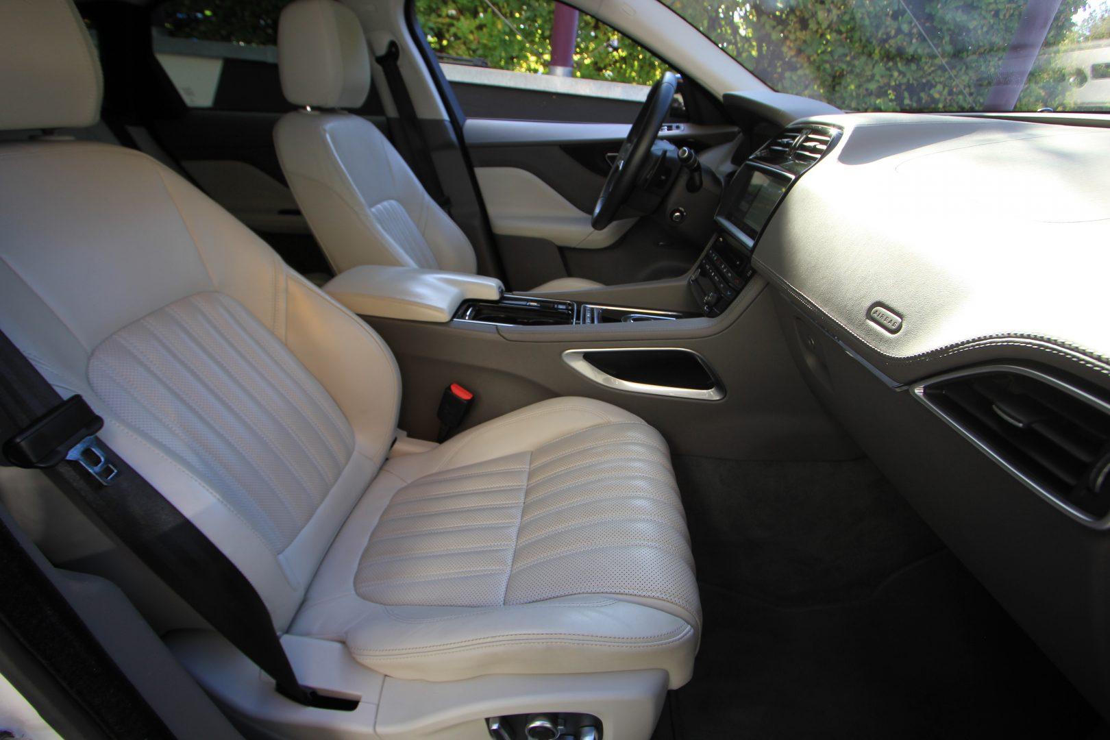 AIL Jaguar F-PACE Portfolio AWD Dynamic Paket 11