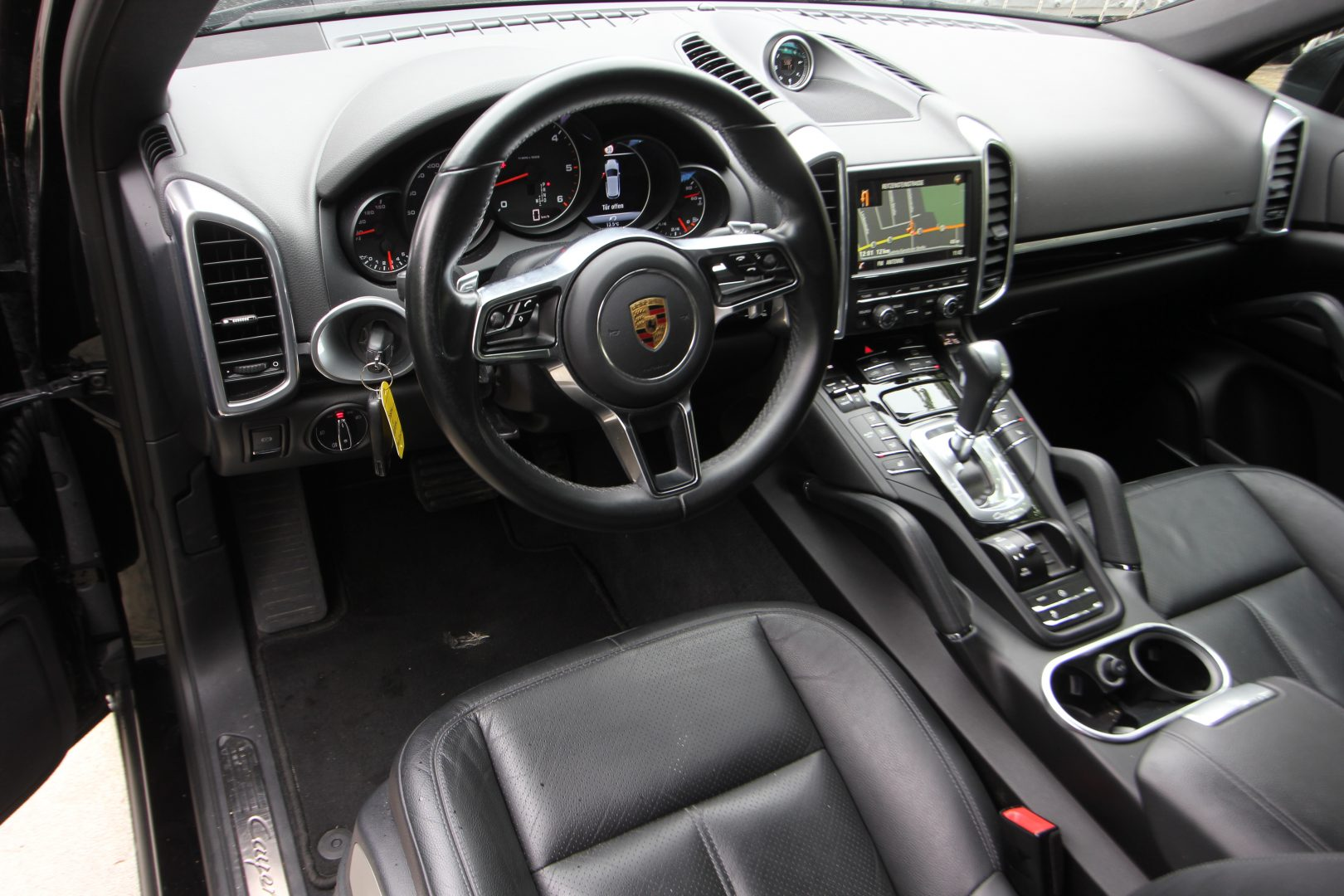 AIL Porsche Cayenne Panorama 21 Zoll  4
