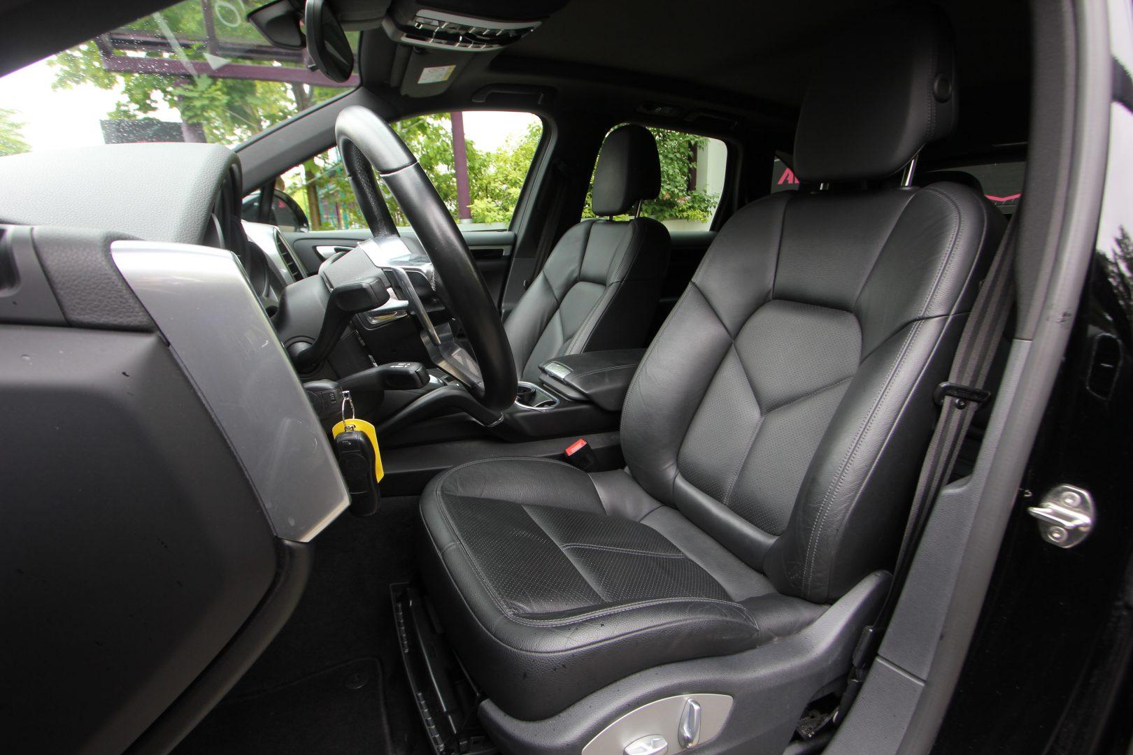 AIL Porsche Cayenne Panorama 21 Zoll  3