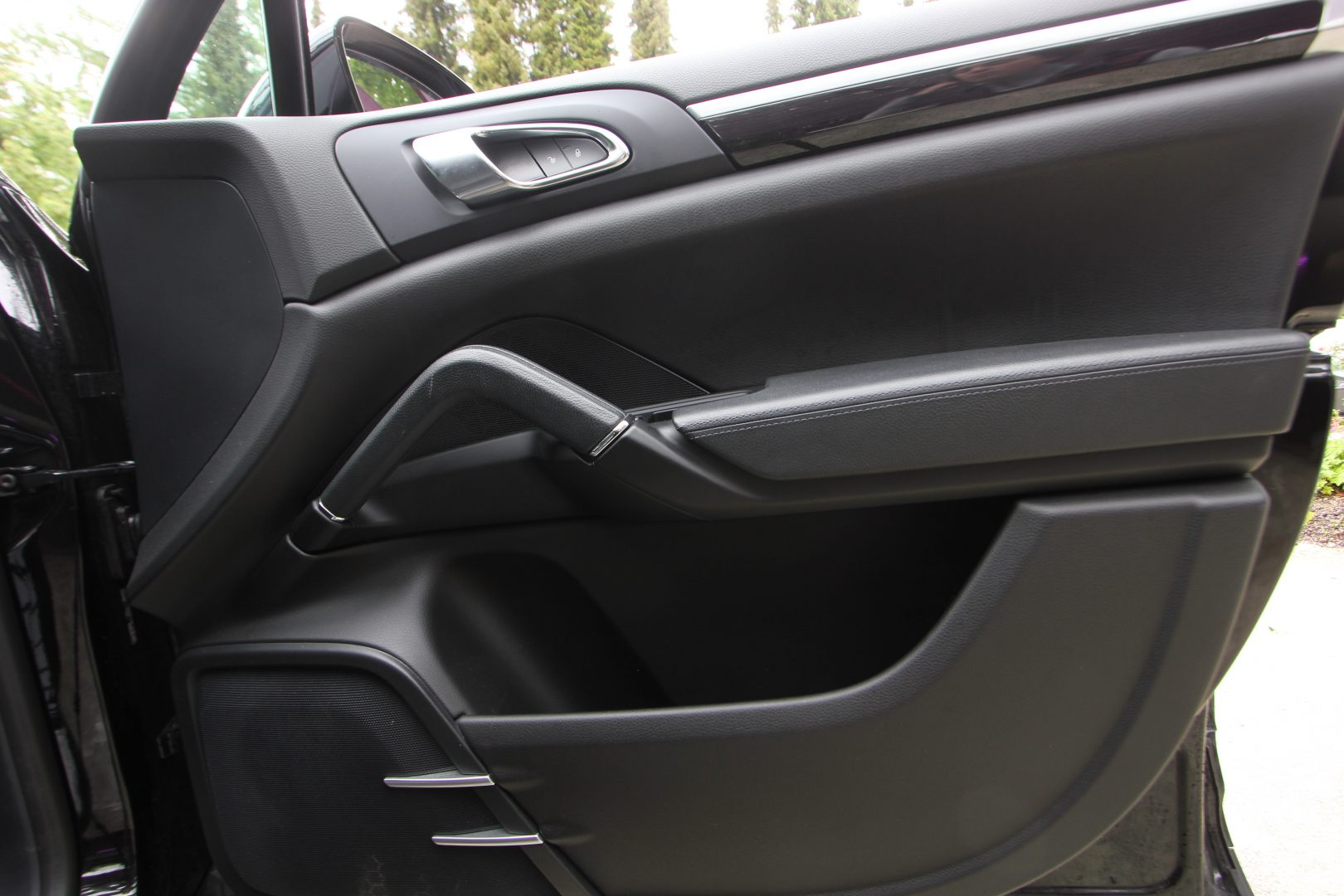 AIL Porsche Cayenne Panorama 21 Zoll  11