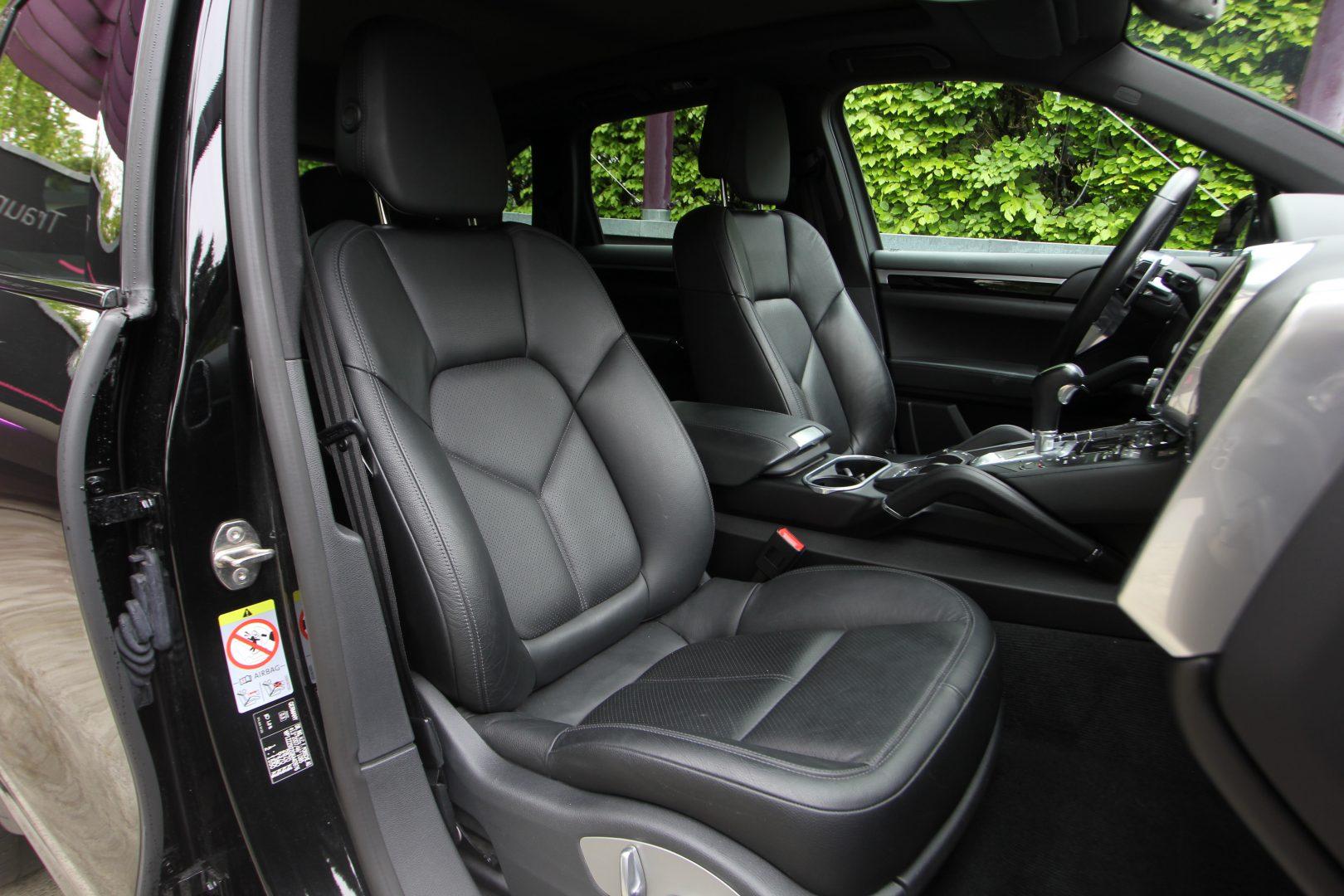 AIL Porsche Cayenne Panorama 21 Zoll  9