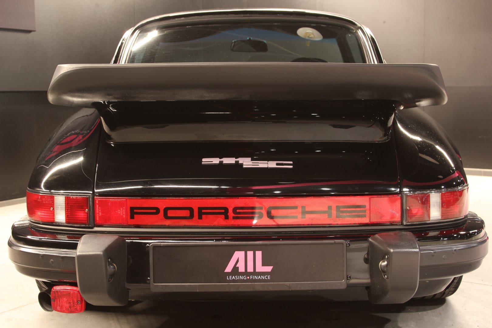 AIL Porsche 911 SC 3.0 11